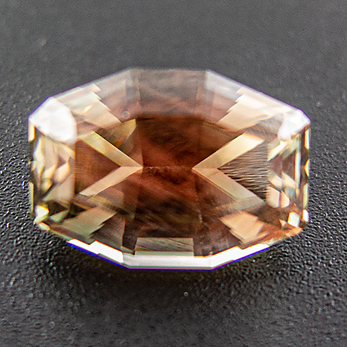 Oregon sunstone from United States. 3.47 Carat. Octagon, very distinct inclusions