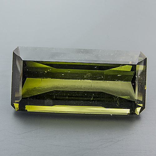 Tourmaline (Verdelite). 15.38 Carat. very lively, excellently cut gem