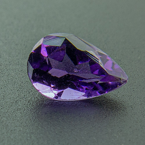 Amethyst from Zambia. 1 Piece. Pear, very very small inclusions
