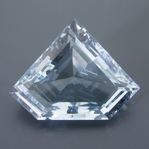 Aquamarine. 17.15 Carat. shallow pavilion, looks heavier than it really is