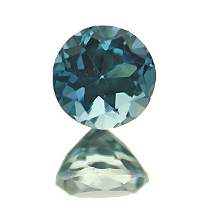 Aquamarine from India. 1 Piece. Round, eyeclean