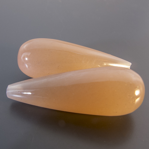 Moonstone from India. 1 Pair. Teardrop Round, translucent