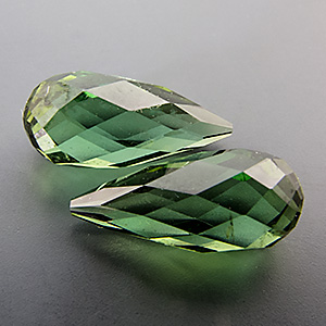 Tourmaline (Verdelite from Congo. 2.93 Carat. excellent pair, fine colour, very well cut (made in germany), not drilled