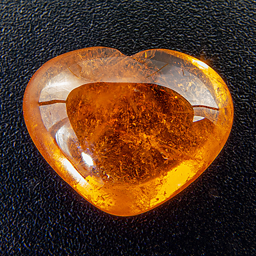 Spessartine Garnet from Nigeria. 5.78 Carat. Small natural cavity on the back, not visible from above