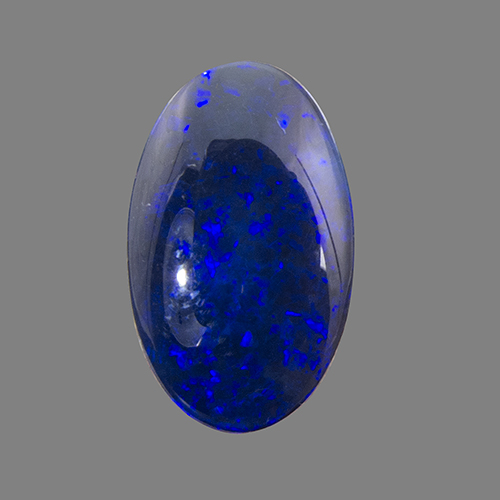 Black Opal from Australia. 3.85 Carat. Cabochon Oval, opaque