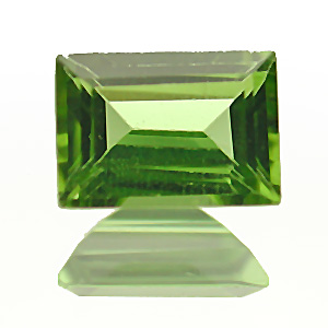 Peridot. 1 Piece. Baguette, very very small inclusions
