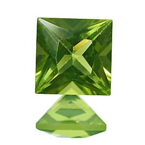 Peridot. 1 Piece. Square Princess, very very small inclusions