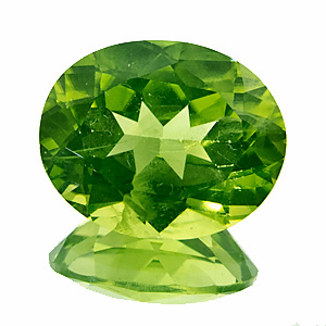 Peridot. 6.1 Carat. Oval, small inclusions