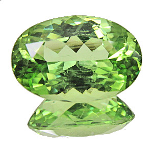 Peridot from Pakistan. 6.1 Carat. Oval, small inclusions