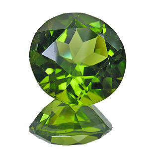 Peridot. 6.35 Carat. Round, very small inclusions