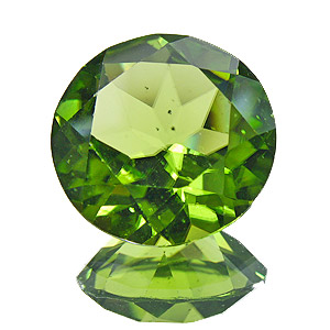 Peridot. 6.56 Carat. Round, small inclusions