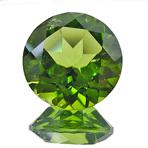 Peridot. 7.4 Carat. Round, small inclusions