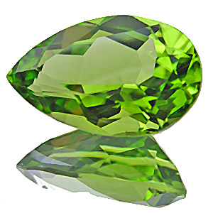 Peridot. 5.16 Carat. Pear, very very small inclusions
