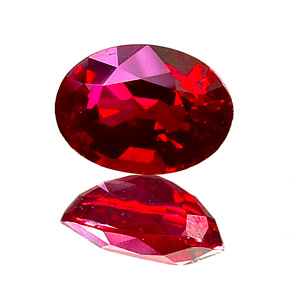 Ruby from Myanmar. 0.99 Carat. fine, deep red without pinkish tinge, very good clarity - one of our best