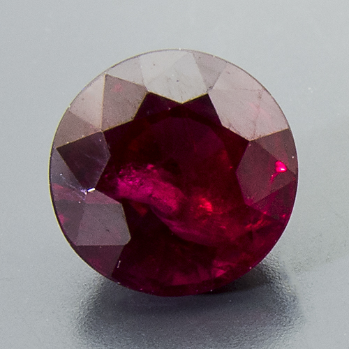 Ruby from Mozambique. 1.03 Carat. Round, very distinct inclusions