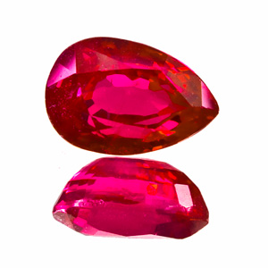 Ruby from Myanmar. 2.03 Carat. Pear, small inclusions