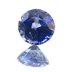 Sapphire. 0.89 Carat. Round, very very small inclusions