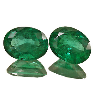 Emerald from Zambia. 4.77 Carat. Oval, distinct inclusions