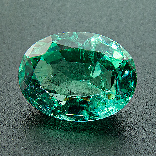 Emerald from Zambia. 1.18 Carat. Oval, distinct inclusions