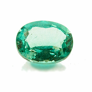 Emerald. 1 Piece. Oval, distinct inclusions