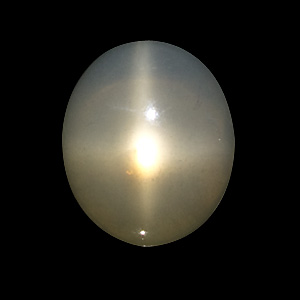 Star Moonstone from India. 18.84 Carat. Cabochon Oval, translucent