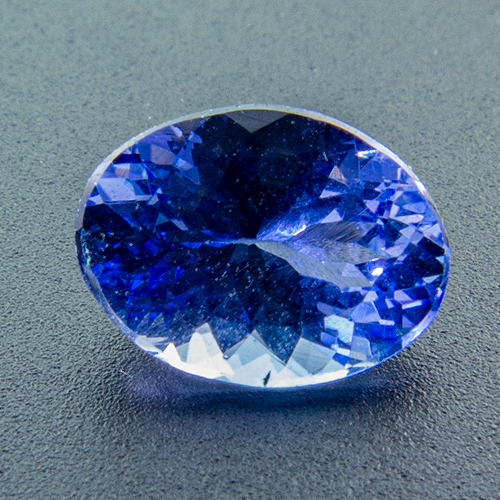 Tanzanite from Tanzania. 1 Piece. 2nd quality, medium colour, slightly shallow cut