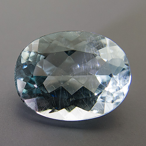 Natural Blue Topaz from Brazil. 4.99 Carat. Oval, small inclusions