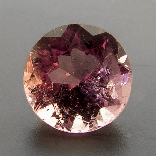 Tourmaline (Rubellite) from Brazil. 1 Piece. good cut and colour, much cleaner than the depicted specimen
