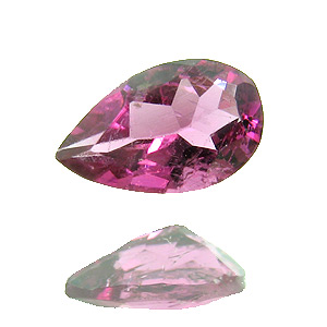 Tourmaline (Rubellite) from Brazil. 1 Piece. Pear, very small inclusions