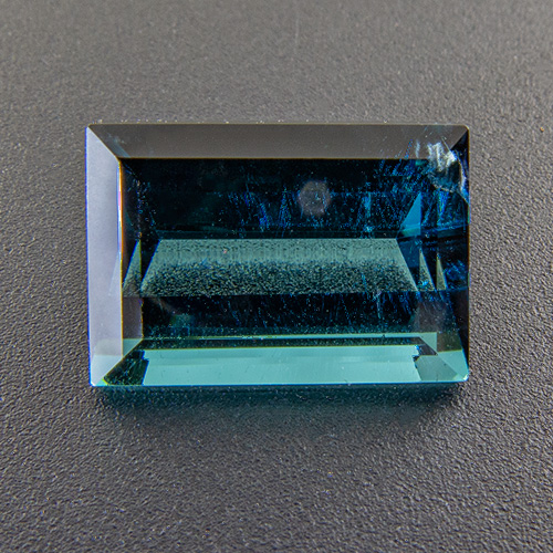 Tourmaline (Indigolite) from Congo. 2.83 Carat. Baguette, small inclusions
