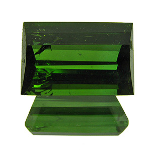 Tourmaline (Verdelite) from Congo. 2.98 Carat. Baguette, small inclusions